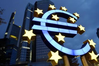 BCE-considere-2-dinflation-niveau-optimalfavoriser-linvestissement-lemploi_0_730_487